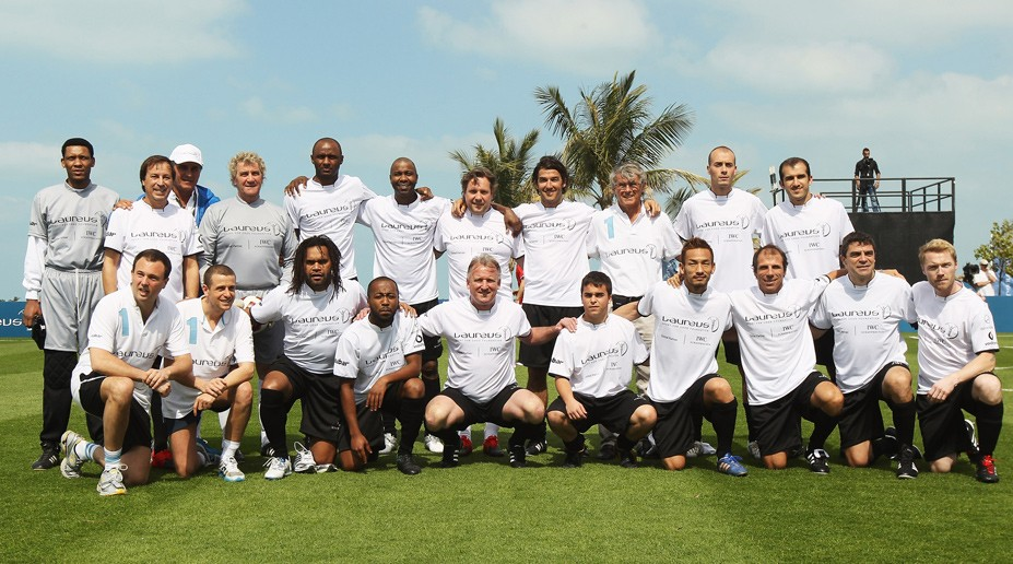 IWC Laur Football Team 01